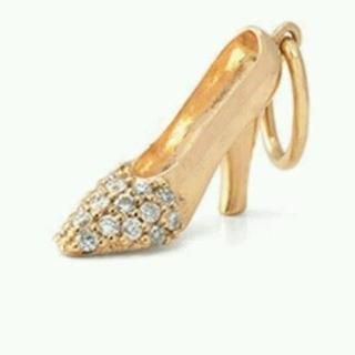 アガット(agete)の限定品★アガット&ディズニーコラボ K10 ガラスの靴チャーム(チャーム)