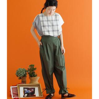 シャンブルドゥシャーム(chambre de charme)のお値下げ 美品 2018年製 シャンブルドゥシャーム 裾きゅっと パンツ(カジュアルパンツ)