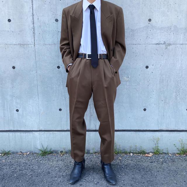 JOHN LAWRENCE SULLIVAN(ジョンローレンスサリバン)の菅田将暉、littlebig風ヴィンテージ セットアップ ダブルスーツ ブラウン メンズのスーツ(セットアップ)の商品写真