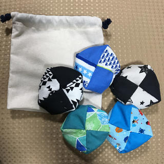 お手玉5個と収納用巾着袋 ⑮ ハンドメイド(おもちゃ/雑貨)