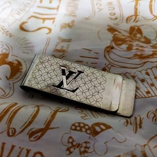ルイヴィトン(LOUIS VUITTON)のルイヴィトンの正規品マネークリップ(マネークリップ)