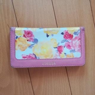 リエンダ(rienda)の花柄の手帳型iPhoneケース(iPhoneケース)