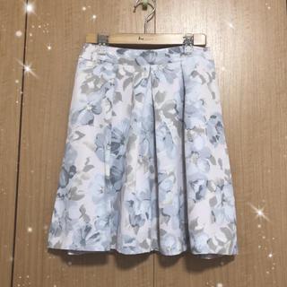 MERCURYDUO - 【❁︎】MERCURYDUO 花柄フレアスカート【送料無料、美品】