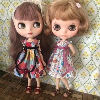 小さな袖のワンピース 16(人形)