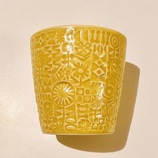 イデー(IDEE)のBIRDS' WORDS PATTERNED CUP  [yellow](グラス/カップ)