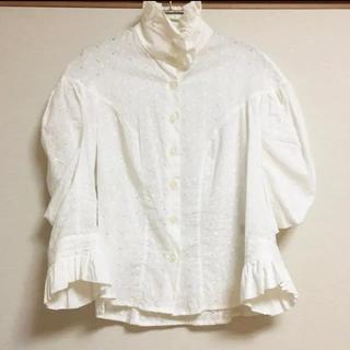 ヴィヴィアンウエストウッド(Vivienne Westwood)のVivienne Westwood 刺繍 高襟 フリル ブラウス(シャツ/ブラウス(長袖/七分))