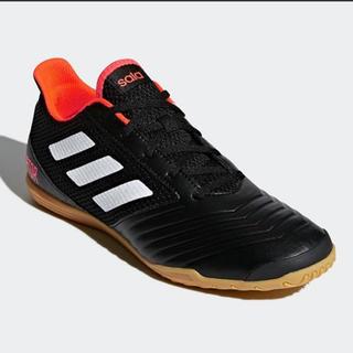 アディダス(adidas)のアディダス  フットサル シューズ 23(シューズ)