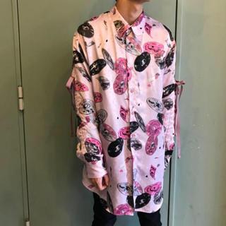 ミルクボーイ(MILKBOY)のMILKBOY ミルクボーイ   COMPACT DISK シャツ ピンク(シャツ)