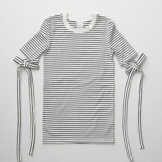 Rosary moon - Rosarymoon arm ribbon Tシャツ