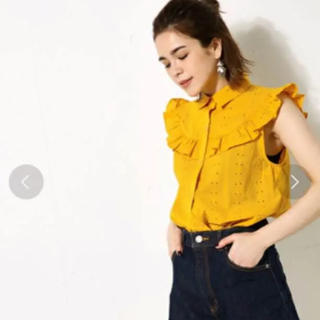 アズールバイマウジー(AZUL by moussy)の袖フリルシャツ(シャツ/ブラウス(半袖/袖なし))