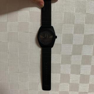 アディダス(adidas)の大人気!adidasの時計 黒(腕時計(デジタル))