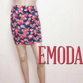 エモダ(EMODA)の極美ライン♪エモダ お姉様ストレッチ タイトスカート♡リゼクシー ダチュラ(ミニスカート)