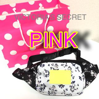 ヴィクトリアズシークレット(Victoria's Secret)のハワイ限定 VS系列ピンクのウェストポーチ(ボディバッグ/ウエストポーチ)
