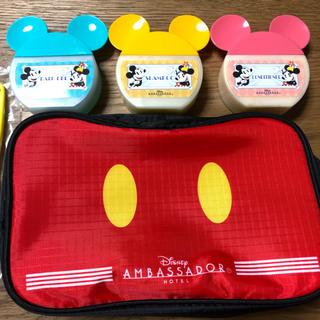 ディズニー(Disney)のディズニー ミッキー アメニティ アンバサダー限定 未使用(旅行用品)