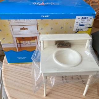 ファミリア(familiar)のマドレーヌちゃん 人形 洗面台。(ぬいぐるみ/人形)