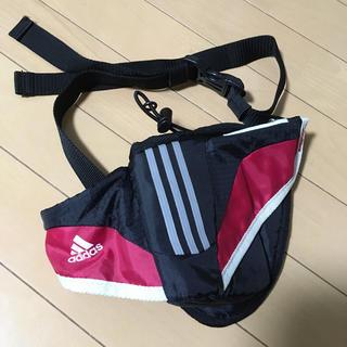 アディダス(adidas)の☆アディダス☆ウエストポーチ ペットボトルホルダー付き(その他)