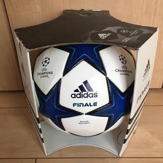 フィナーレ 10 アディダス  公式球 新品未使用 レア