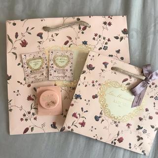 レメルヴェイユーズラデュレ(Les Merveilleuses LADUREE)のレ・メルヴェイユーズ ラデュレ ショッパー&サンプル(ショップ袋)