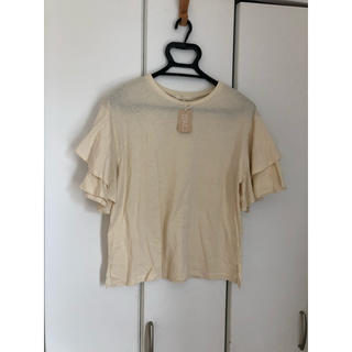 スタディオクリップ(STUDIO CLIP)の新品タグ付き!二の腕カバー♡袖フリル♡Tシャツ(Tシャツ(半袖/袖なし))