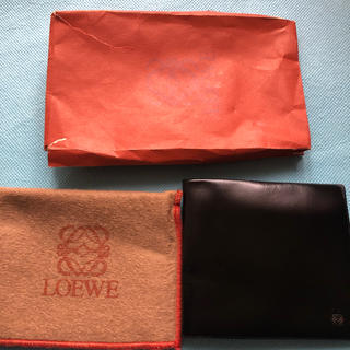 ロエベ(LOEWE)のLoewe とてもなめらかな革の財布(長財布)