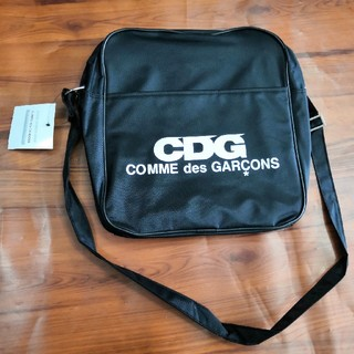 コムデギャルソン(COMME des GARCONS)のコムデギャルソン cdg ショルダーバッグ 男女共用(ショルダーバッグ)