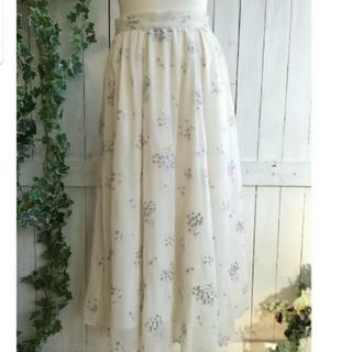 Noela - 花柄スカート