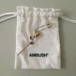 アンブッシュ(AMBUSH)のambush バラのピアス(ピアス)