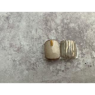 ペディチップ(Lsize)white × gold(ネイルチップ)