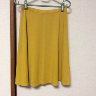 ユニクロ(UNIQLO)のユニクロ スカート(ひざ丈スカート)
