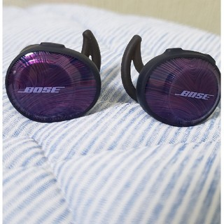 BOSE ワイヤレスBluetoothイヤホン(ヘッドフォン/イヤフォン)