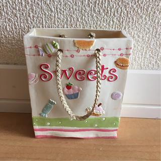 Sweets というロゴつきの小物入れ カバン風(インテリア雑貨)