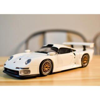ポルシェ(Porsche)の◎◎絶版品!☆UTmodels 1/18 ポルシェ 911 GT1 1996(模型/プラモデル)