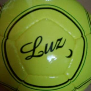 ルース(LUZ)の再値下げ即決送料無料ほぼ新品LuzeSombraイソンブラフットサルボール(ウェア)