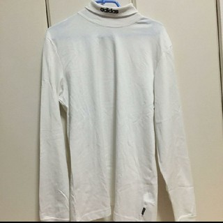 アディダス(adidas)のadidas モックネック 刺繍 ロンT(Tシャツ/カットソー(七分/長袖))