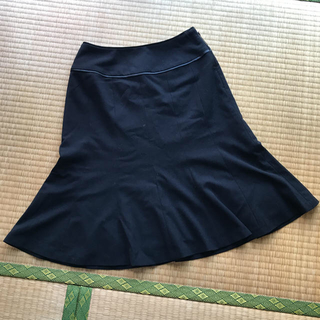 エニィスィス(anySiS)のエニィスィス スカート(ひざ丈スカート)