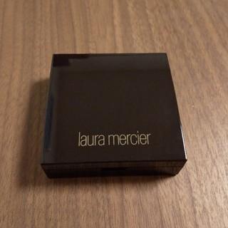 ローラメルシエ(laura mercier)のローラメルシエ シークレット ブラーリング パウダー フォーアンダーアイズ(コンシーラー)