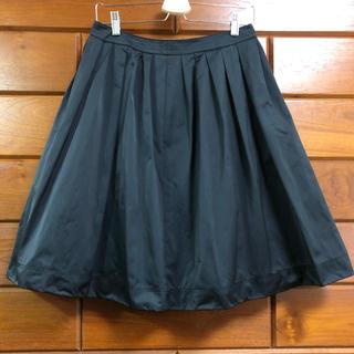 イッツインターナショナル(I.T.'S.international)のボリュームスカート(ひざ丈スカート)