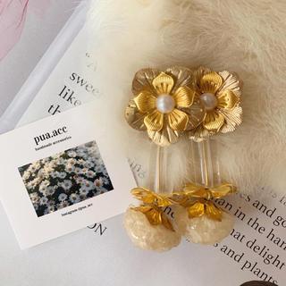 white statice flower(ピアス)