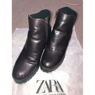 ザラ(ZARA)の美品 ZARA ブーツ(ブーツ)