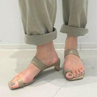 DEUXIEME CLASSE - アパルトモン BRENTA/ブレンタOne Finger Heel Sandal