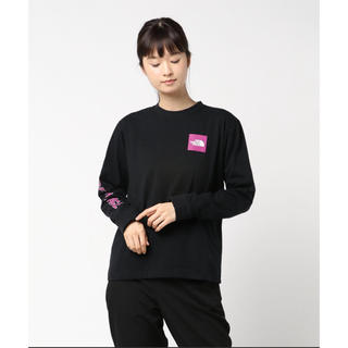 THE NORTH FACE - THE NORTH FACE Square Logo Sleeve Tee