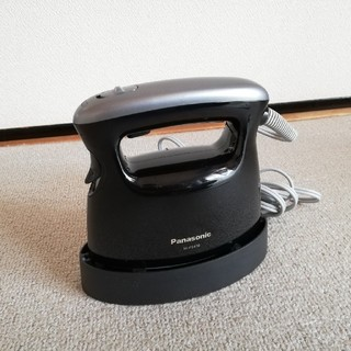 パナソニック(Panasonic)のPanasonic衣類スチーマー(アイロン)