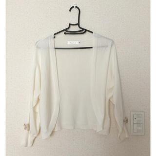 クチュールブローチ(Couture Brooch)のクチュールブローチ ホワイト袖リボンカーディガン♪(カーディガン)