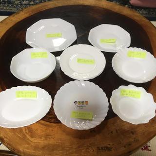 ヤマザキセイパン(山崎製パン)の山崎春のパン祭り 白いお皿 レトロセット バラ売り可(食器)