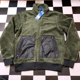 アディダス(adidas)のジャケット(マウンテンパーカー)