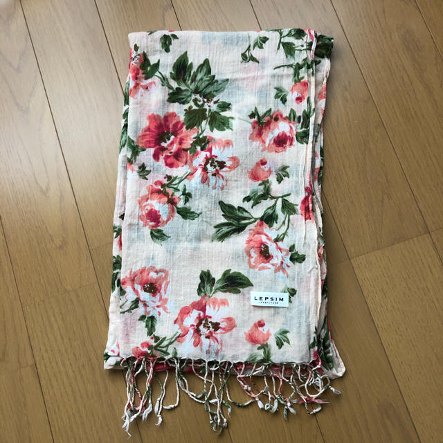 LEPSIM(レプシィム)のLEPSIM LOWRYSFARM  花柄 ストール レディースのファッション小物(ストール/パシュミナ)の商品写真