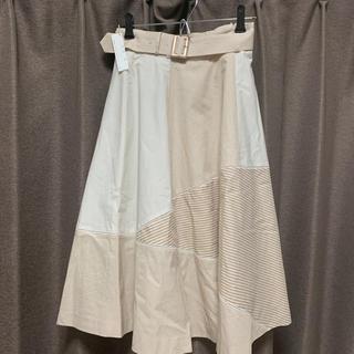 デビュードフィオレ(Debut de Fiore)の新品タグ付 ベルト付き ストライプスカート(ひざ丈スカート)