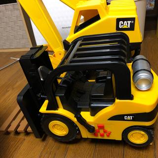 Takara Tomy - CAT 電池式フォークリフト