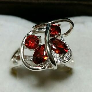 43 ルビーカラー 個性的なリング(リング(指輪))