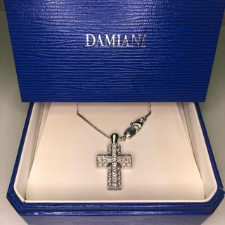 ダミアーニ(Damiani)のダミアーニ ダイヤクロスネックレス K18WG(ネックレス)